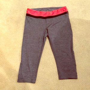 MPG grey/coral athletic capri leggings